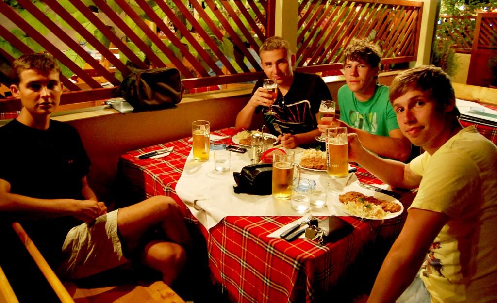 Večera, Primorsko