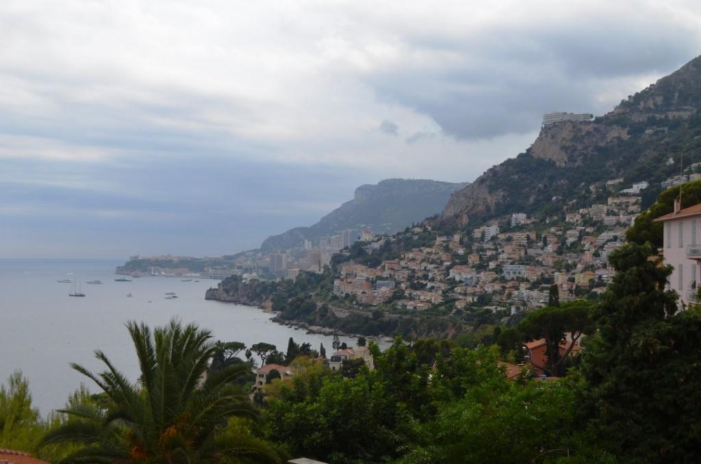 Výhľad na pobrežie Monackého kniežatstva
