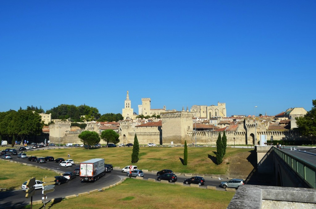 Pohľad z na Avignon z Daladierovho mosta